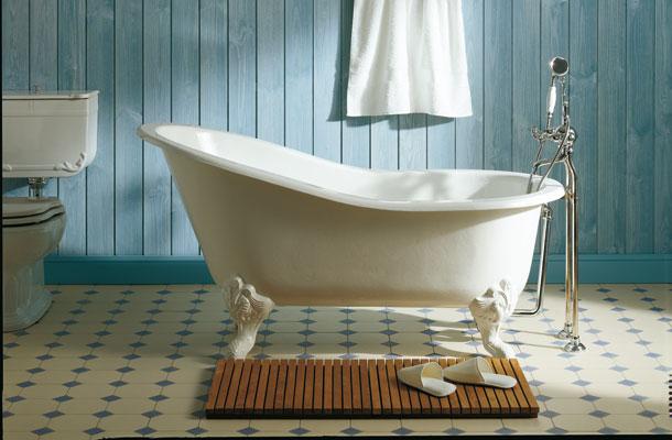 Bien choisir sa baignoire. Baignoire îlot. Herbeau.