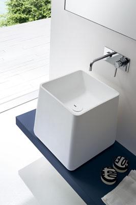 Opus de Rexa, baignoire de salle de bains, vasque et lavabos de salle de bains