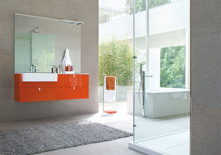 Meuble de salle de bain orange for Salle bain orange