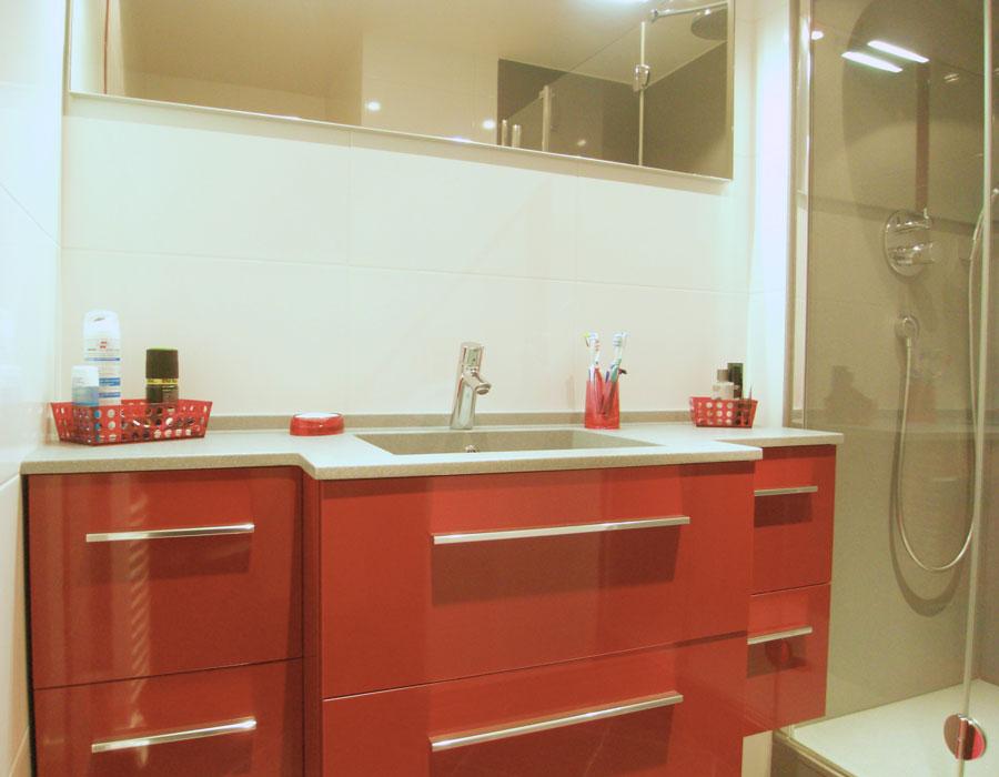 meuble de salle de bains-plan de toilette-Conçue et réalisée par L'Atelier Thierry Bergeron. Photos www.inspirationbain.com