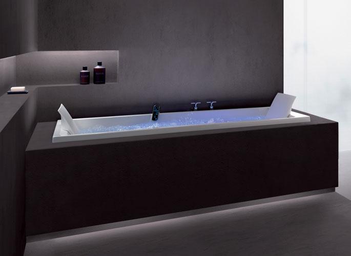 Les baignoires baln o la d tente absolu inspiration bain - Contour de baignoire ...