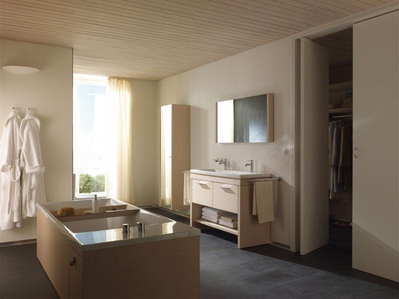 une salle de bains pour toute la famille inspiration bain. Black Bedroom Furniture Sets. Home Design Ideas