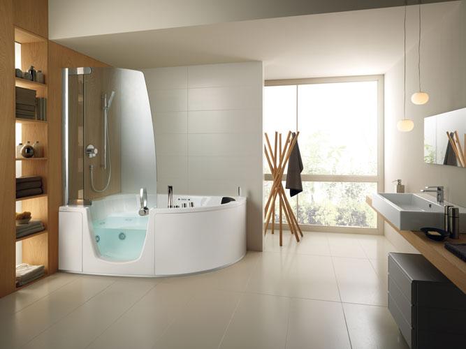 Dix id es pour petites salles de bains inspiration bain for Baignoire et douche dans petite salle de bain