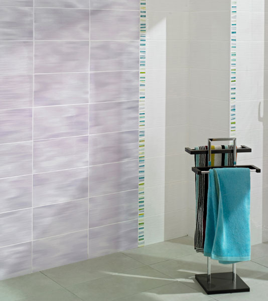 Carrelage la nouvelle collection de lapeyre for Salle de bain carrelage 2 couleurs