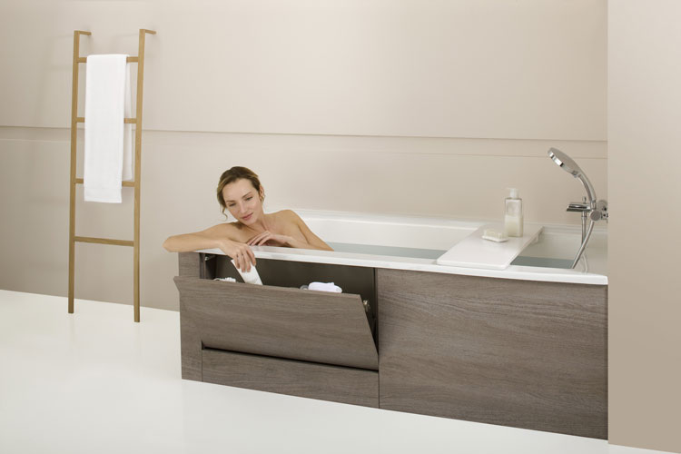 des baignoires astucieuses inspiration bain. Black Bedroom Furniture Sets. Home Design Ideas