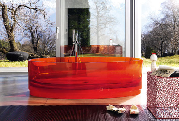 Regia-baignoire couleur