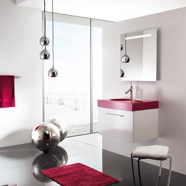 inspiration salle de bain rouge. Black Bedroom Furniture Sets. Home Design Ideas