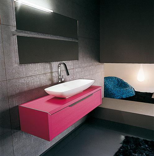 Collection AquaForte de Ideal Bagni, meubles de salle de bains, salle de bains de couleur
