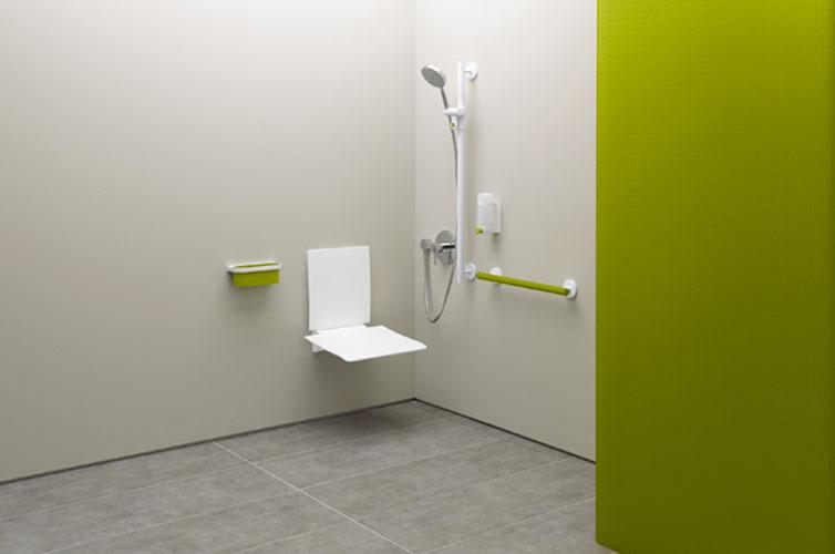 Collection 800 K d'Hewi-salle de bains handicapés
