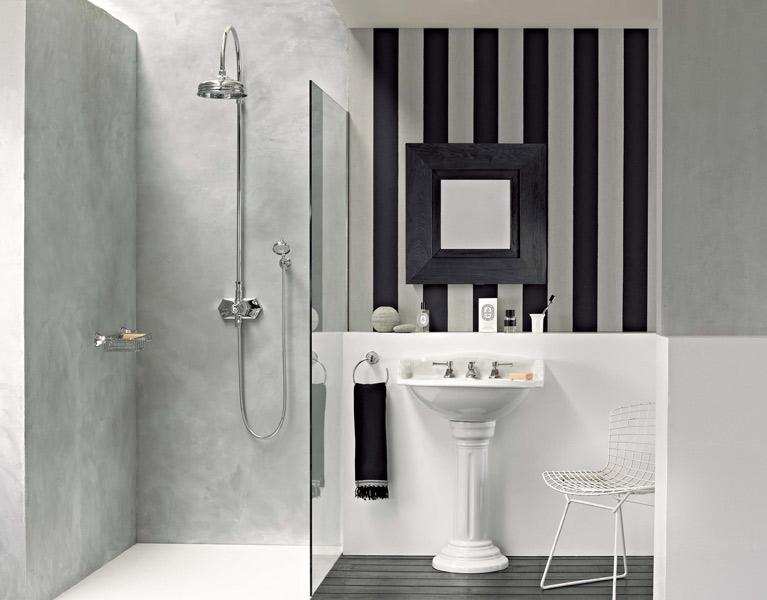 La salle de bains rétro d'Horus